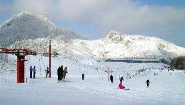 神农架国际滑雪二日游